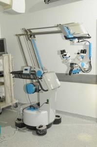 xeirourgiko-mikroskopio